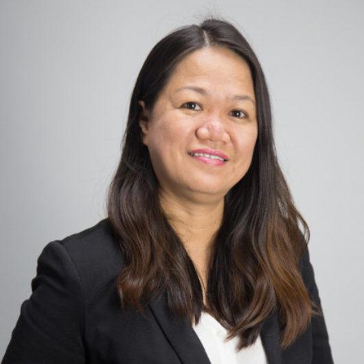 Bà Đỗ Hồng Dinh
