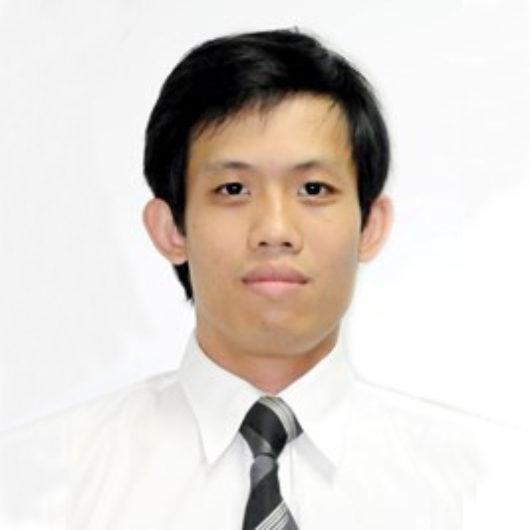 Thầy Nguyễn Hà Nguyên